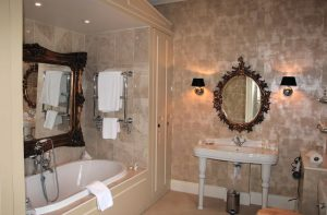 The Salutation Ensuite