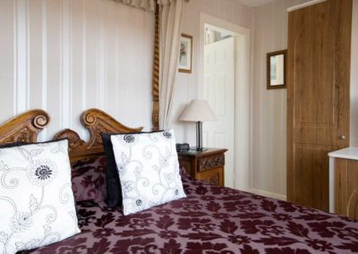 Four Poster Room near Alton Towers
