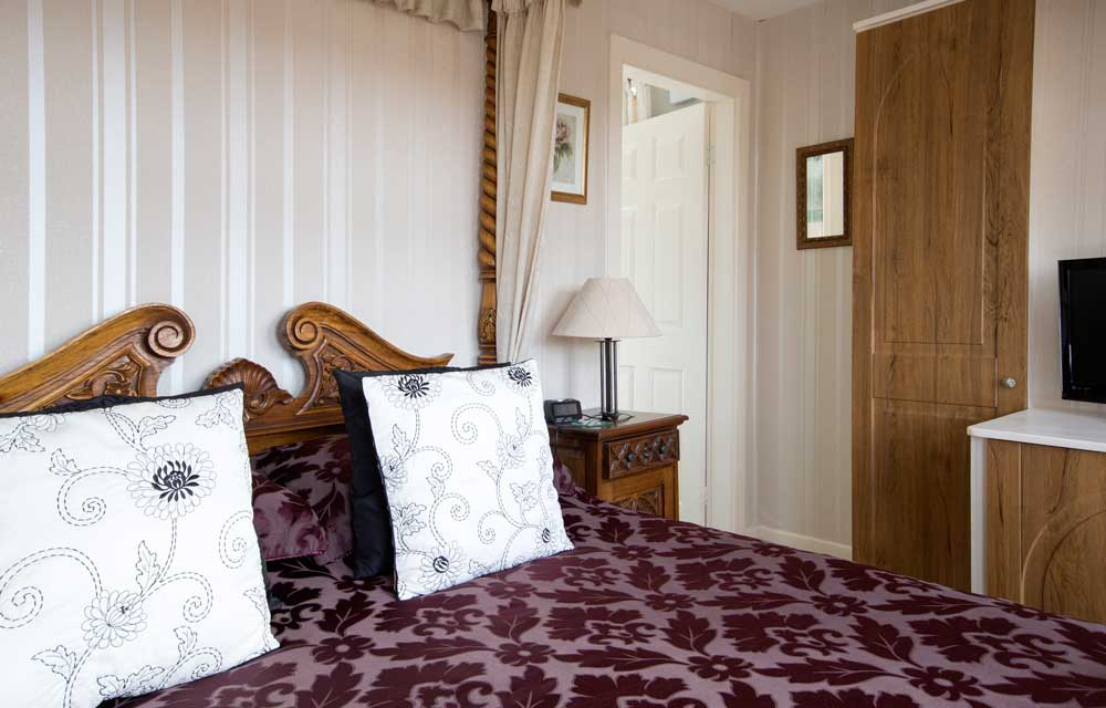 Places to stay near Alton Towers