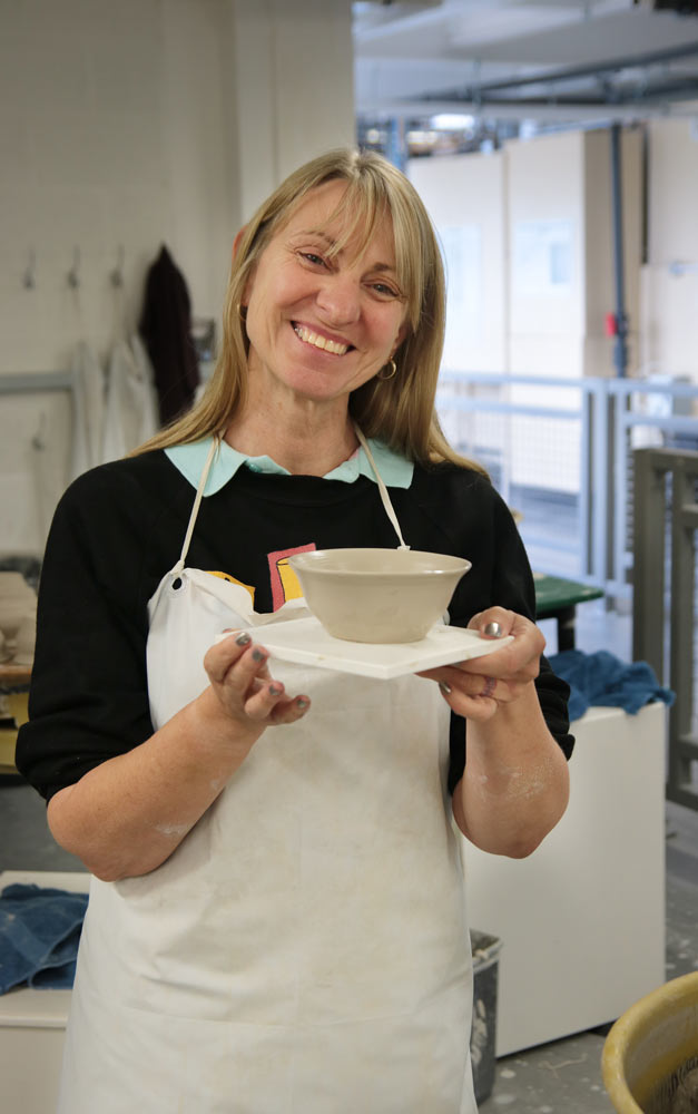 Helen's Wedgwood pot
