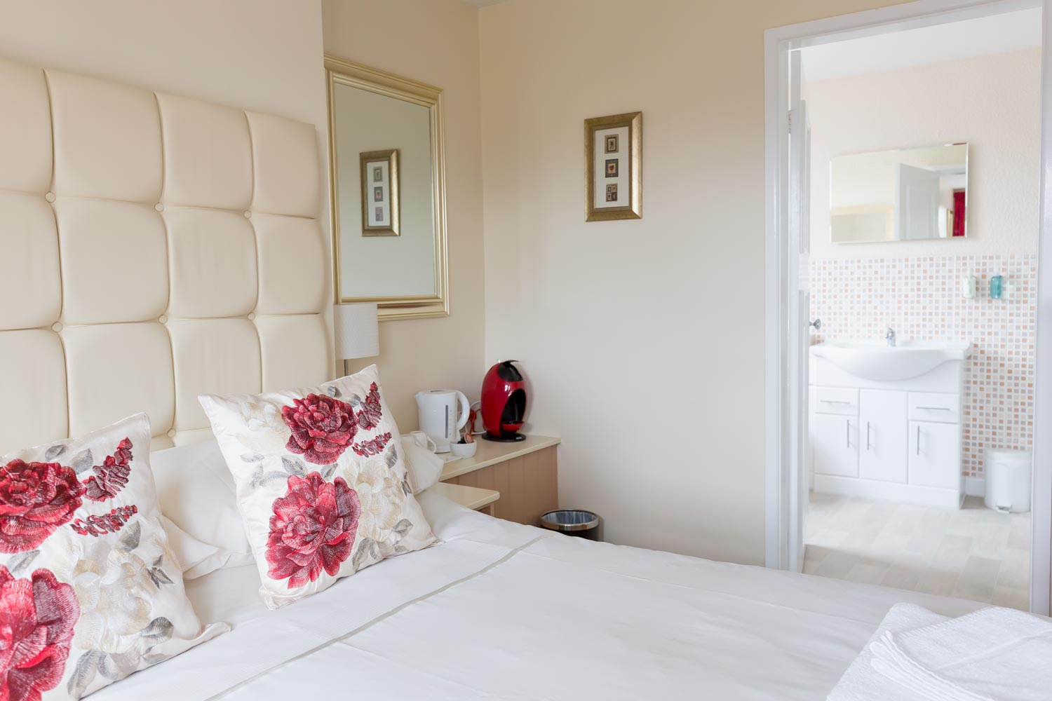 Bed And Breakfast Alton Towers Family Room